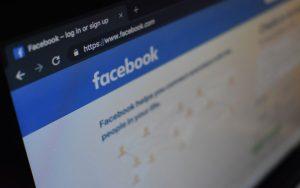 بازبینی سیاست های فیسبوک