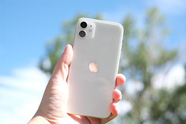 برنامه دولت هند برای صنعت گوشیهای هوشمندمانند تولید آیفون اپل
