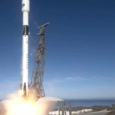 فرستادن ماهواره به فضا