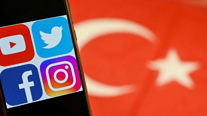 ممنوعیت شبکه های اجتماعی در ترکیه و درآمد دولت از آنها
