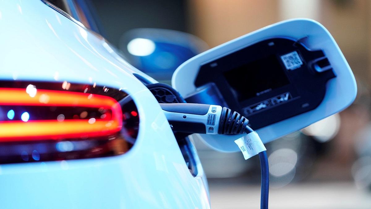 برقی کردن ناوگان خودروهای دولتی آمریکا در دولت بایدن