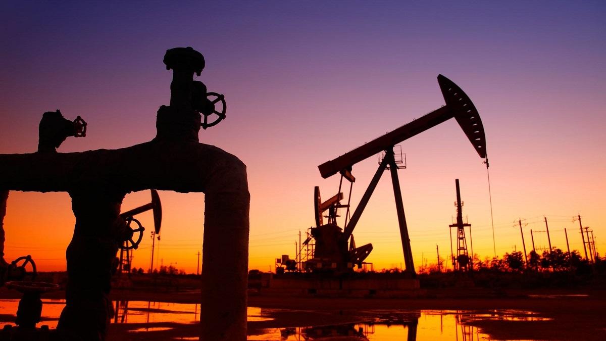 افزایش موارد ابتلا به کرونا موجب کاهش نفت شد