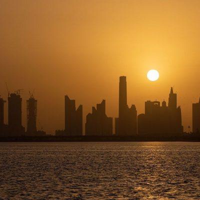 اقتصاد حاشیه خلیج فارس و درگیری با کاهش قیمت نفت