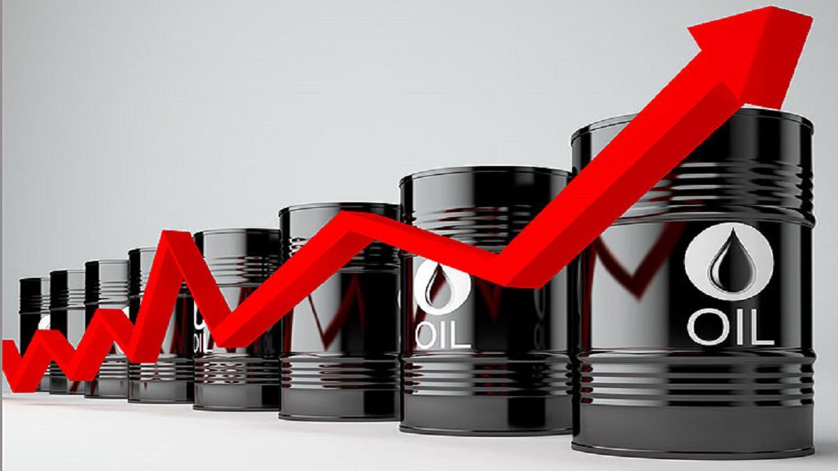 رشد اقتصادی آمریکا و همچنین پایبندی اوپک پلاس به محدودیت عرضه سبب صعود قیمت نفت شد.
