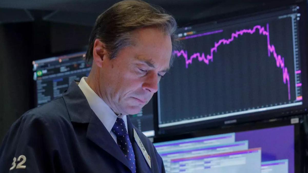 عقبنشینی بازار سهام آمریکا