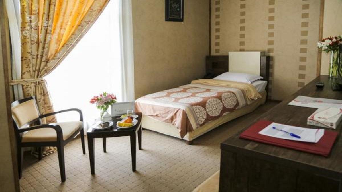 تعطیلی اغلب هتل های کشور