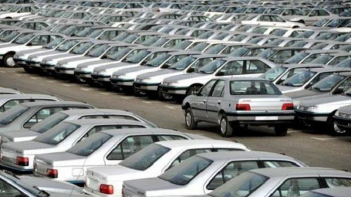 نوسانات نزولی بازار خودرو