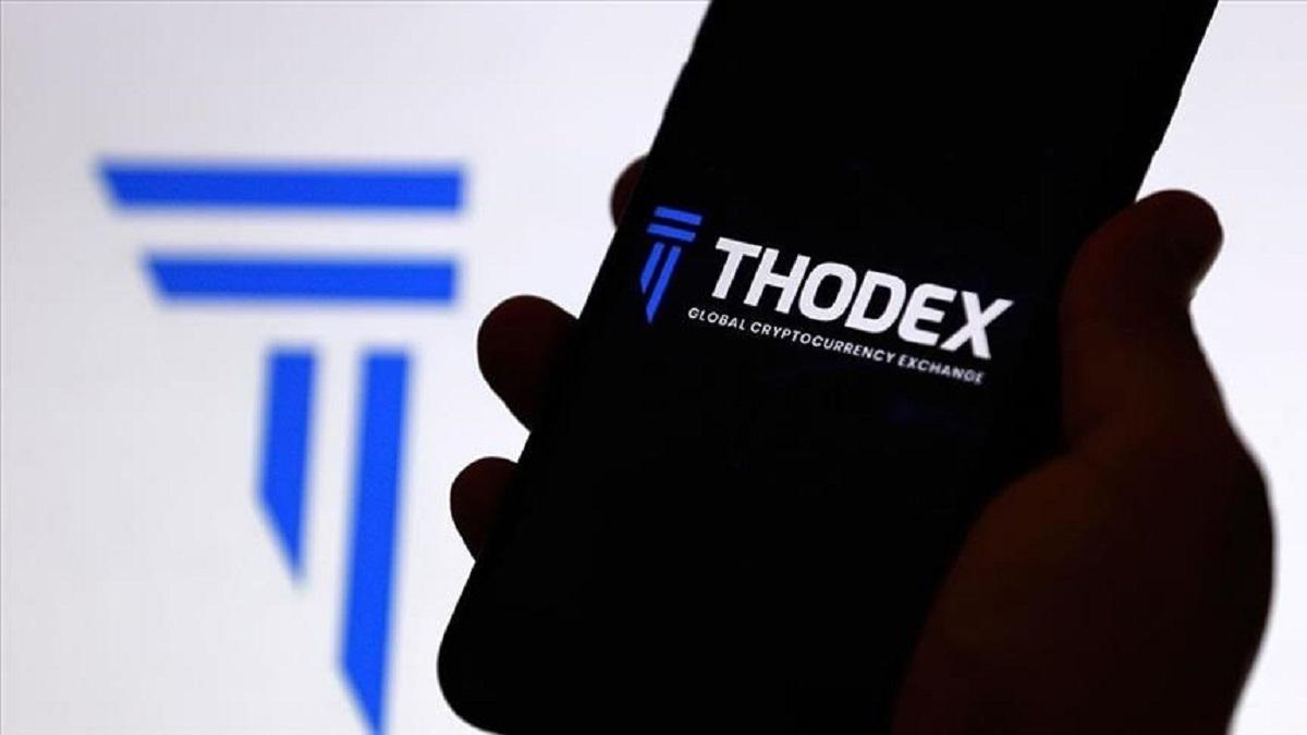 مدیر صرافی تودکس ترکیه با کلاهبرداری دو میلیارد دلاری خود از سرمایه های مشتریان این صرافی به آلبانی گریخت.